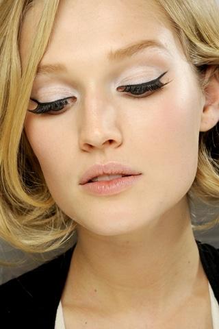 Maquillage du défilé Dior Haute Couture printemps été 2012