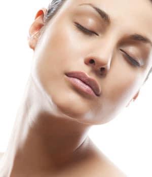 Comment matifier une peau grasse ou mixte