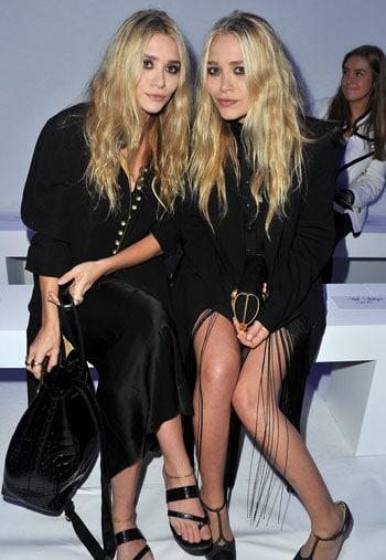 Mary-Kate et Ashley Olsen identiques au défilé Kanye West