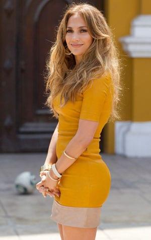 Jennifer Lopez rayonnante pour son émission au Pérou