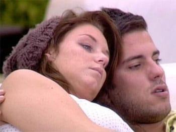 Zelko amoureux d'Aurélie et Morgane déprimée