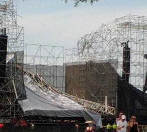 La scène de Radiohead s'effondre et cause la mort d'une personne