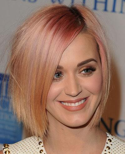 Katy Perry opte pour un nouveau look