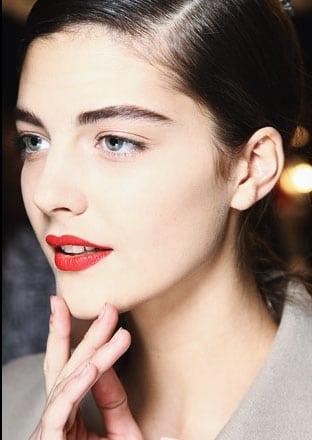 Tendance make up automne 2012 : Lèvres rouges et yeux nudes