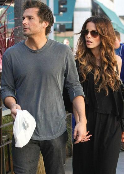 Kate Beckinsale en promenade avec son mari Len Wiseman