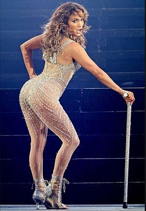 Jennifer Lopez dévoile ses courbes de rêve