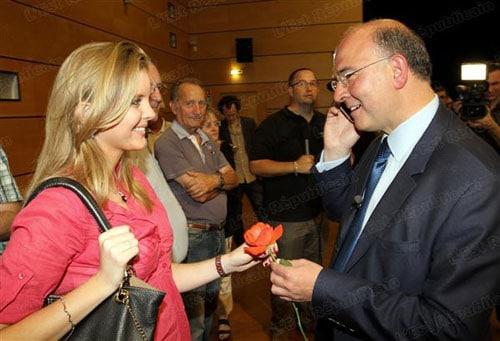 Pierre Moscovici en couple avec une étudiante de 22 ans