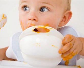 A quel âge commencer la diversification alimentaire de bébé ?