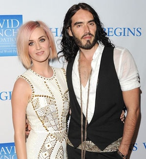 Katy Perry et Russell Brand ne portent plus leurs alliances