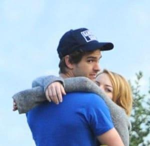 Emma Stone et Andrew Garfield en couple : Le baiser !