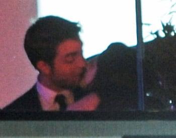 Kristen Stewart et Robert Pattinson s'embrassent langoureusement à Cannes