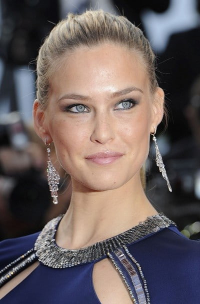 Souvent Le maquillage des yeux gris de Bar Refaeli ND57