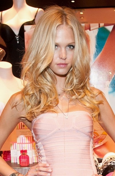 Le brushing parfait d'Erin Heatherton