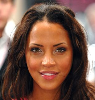 Noémie Lenoir jury de l'émission Britain's Next Top Model ?