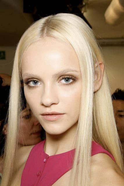 photo comment passer d un blond platine a un blond naturel