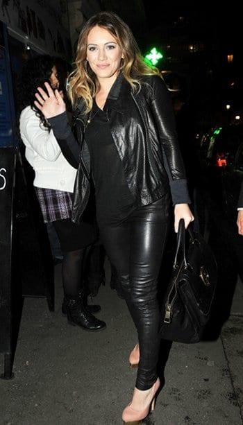 Hilary Duff pantalon en cuir