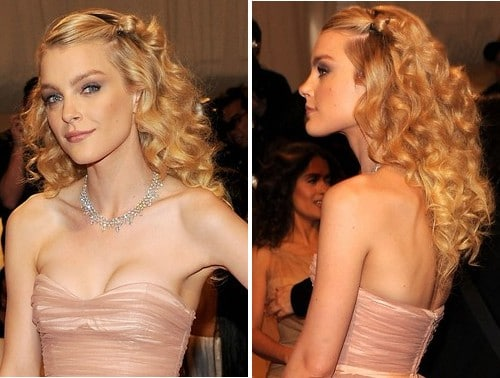 la coiffure de princesse de jessica stam. Black Bedroom Furniture Sets. Home Design Ideas