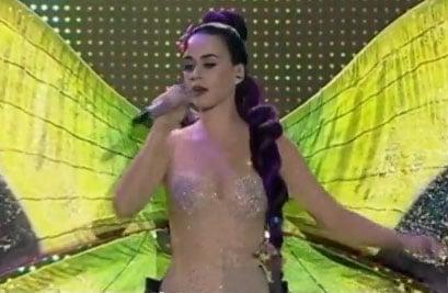 Un costume de scène trop dénudé pour Katy Perry