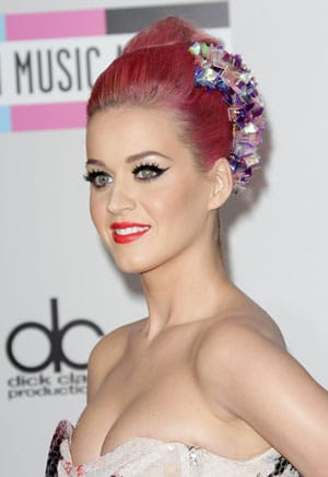 Katy Perry énervée par sa rupture avec John Mayer