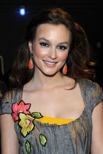 Leighton Meester People's Choice Awards 2011
