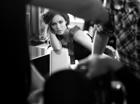 Coulisses du shooting Armani avec Megan Fox
