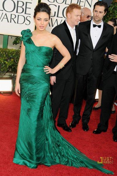 Mila Kunis Golden Globes 2011