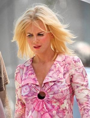 Nicole Kidman devient blonde platine