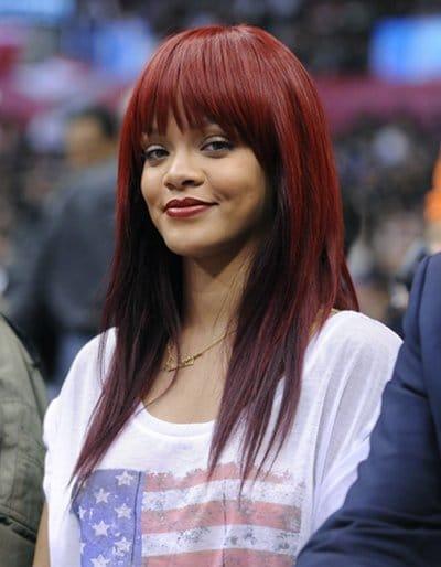 rihanna adopte une nouvelle couleur de cheveux - Coloration Rouge Sur Cheveux Noir