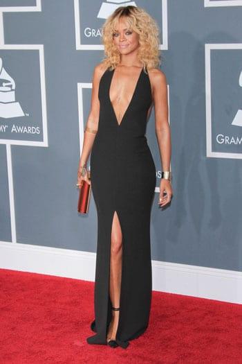 La robe provocante de Rihanna aux Grammy Awards
