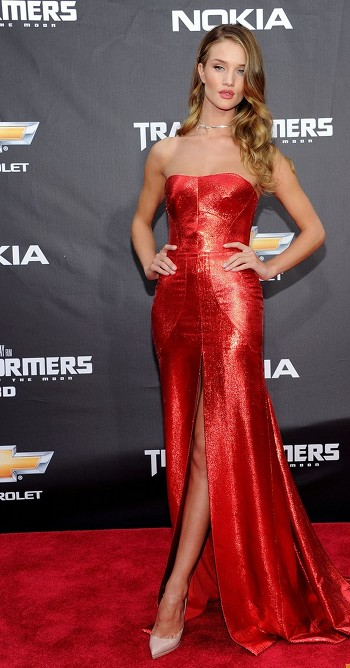 Rosie Huntington-Whiteley pour la première de Transformers 3 à New-York