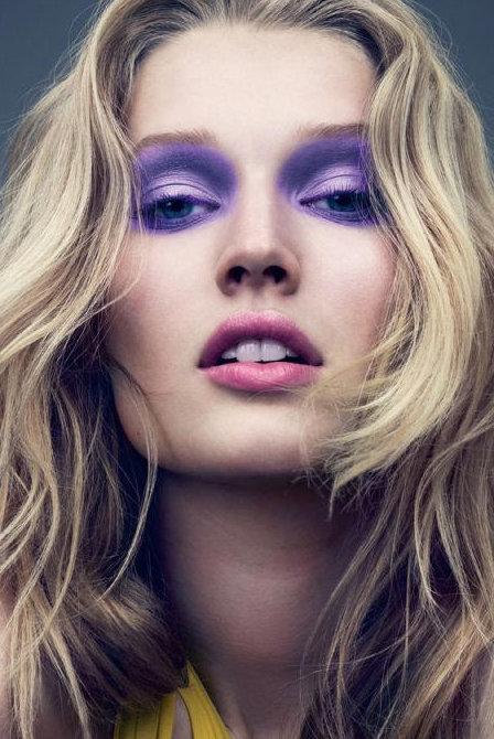 Smoky eyes violet toni garrn
