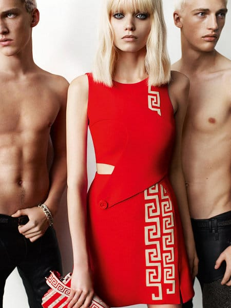 Versace Abbey Lee Kershaw printemps 2011