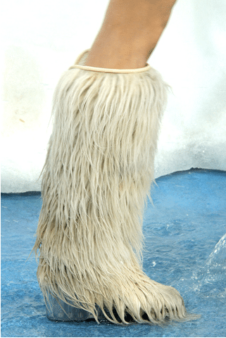 bottes fourrure chanel