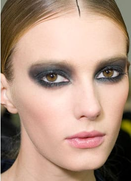chanel smoky eyes tendance