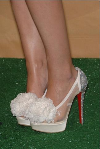 A qui appartiennent ces chaussures Louboutin ?