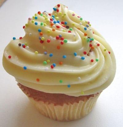 Cupcake au chocolat blanc coeur fondant