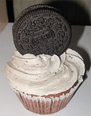 Pin Oreo Cupcake Surprise Moose Tracks And Tater Stacks Cake on ...