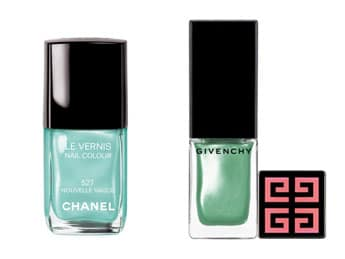 Vernis nouvelle vague contre Island palm