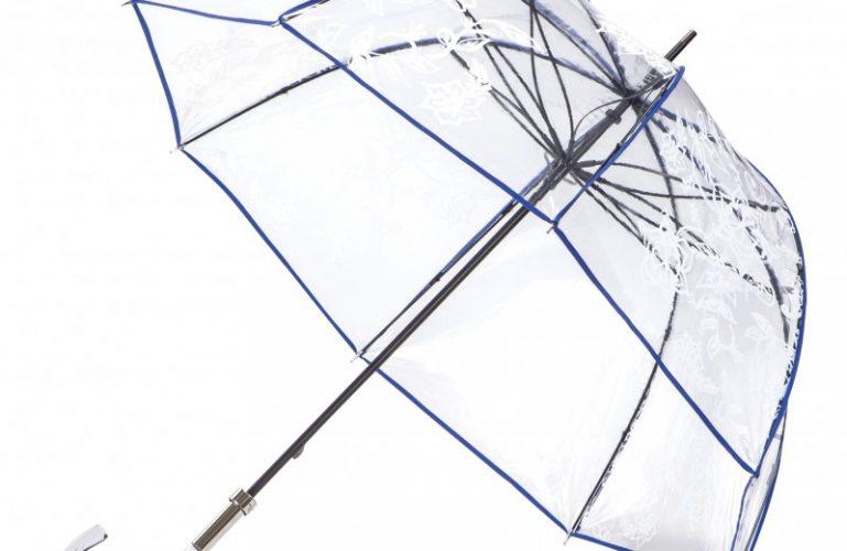 Un parapluie comme accessoire de mode à part entière