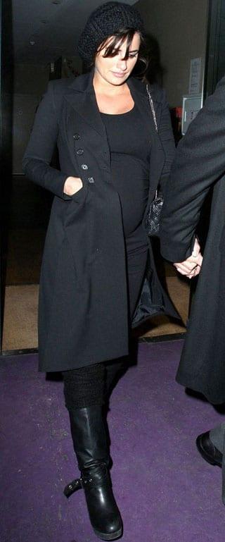 Penelope Cruz dévoile son ventre de femme enceinte