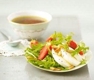 Salade rafraichissante fraises et avocat