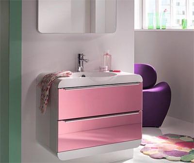 astuces pour bien optimiser l 39 espace de la salle de bain. Black Bedroom Furniture Sets. Home Design Ideas