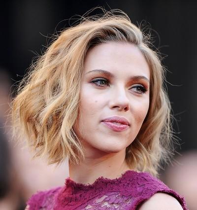 Scarlett Johansson aux Oscars 2011