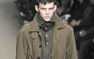 La mort de Tom Nicon sucite la tristesse dans le milieu de la mode