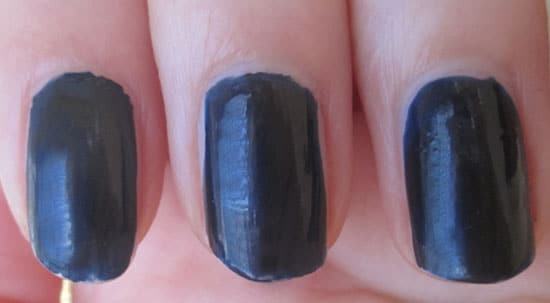"Vernis ""Blue satin"" Chanel swatch, test, photos"